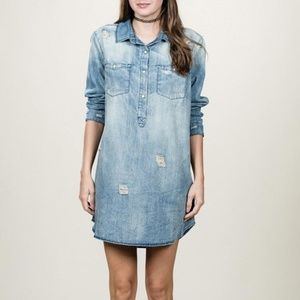 En Creme Plus distressed denim dress 1x chambray
